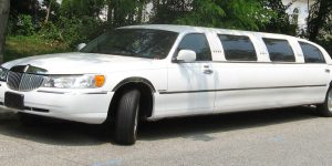Picture of Lincoln Town Car limousine